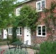 Victoria Dogs-welcome Cottage, Cranborne Chase Area of Outstanding Natural Beauty