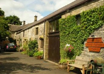 Vicarage Farm Cottages  - Tideswell,