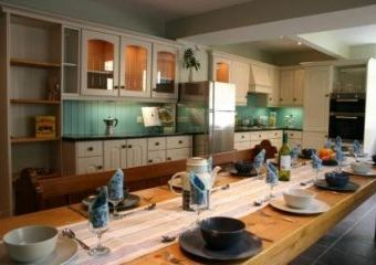 Big self-catering house at Thornleigh  - Matlock,