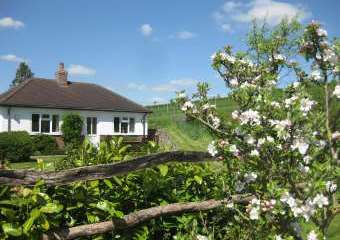 Waterlake Cottage, Orcheston, nr Stonehenge  - Stonehenge,