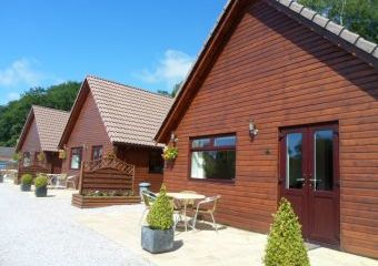 Alpine Park Cottages  - Exeter,