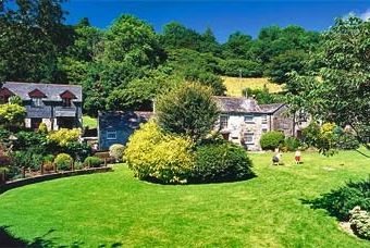 Coombe Mill Cottages and Log Cabins  - St. Breward,