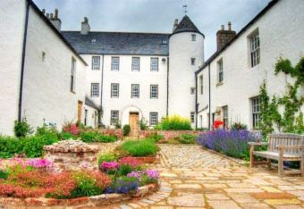 Logie Country House  - Pitcaple,
