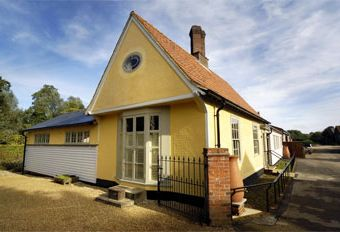 The Grain House Self-catering Cottage with Hot Tub  - Clare,