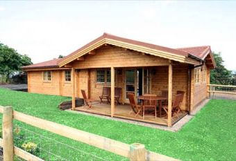 Holly Lodge at Holly Beds Farm  - Upton upon Severn,