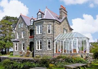 Pensarn Hall Dogs-welcome Cottage, Snowdonia North Wales   - Llanbedr,