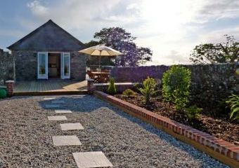 Middle Barn Dogs-welcome Cottage, South West England  - Bude,