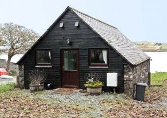 Greshornish Boathouse Dogs-welcome Apartment, Highlands and Islands  - Dunvegan,
