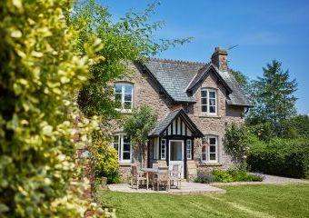 Gardeners Cottage  - Kington,