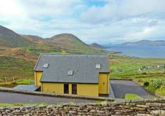 High Rise Coastal Cottage, South West Ireland  - Waterville,