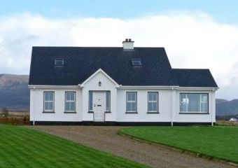 Mountain View Dogs-welcome Cottage, North West Ireland   - Gortahork, county donegal,
