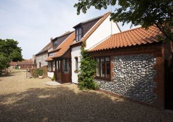 Stable Cottage Luxury Self Catering  - Cromer,