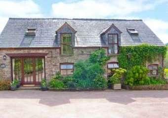Caecrwn Pet-Friendly Barn Conversion, South Wales   - Brecon,