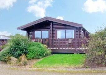 Ty Pren Pet-Friendly Log Cabin, South Wales   - St David's,
