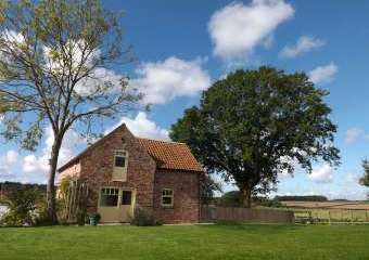 Yorkshire Wolds 2 bedroom cottages  - Beverley,