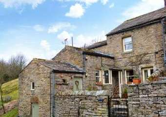 Brown Hill Family Cottage  - Low Row near Reeth,