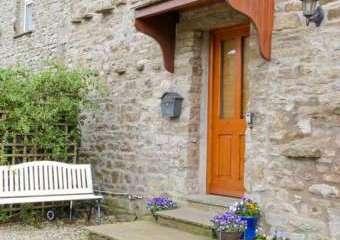 Topsy-Turvy Cottage, North Yorkshire  - Worton,
