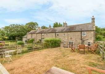 Ryehill Farm Dog-Friendly Cottage, Northumberland National Park   - Thropton,