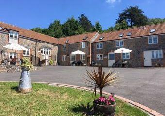 Webbington Farm Holiday Cottages  - Cheddar,