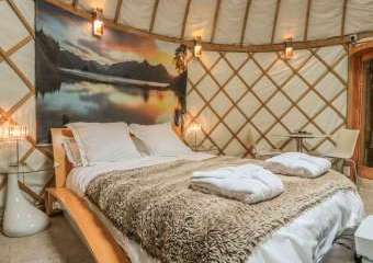 Island Yurt Glamping Holiday, Cotswolds  - Beckford,