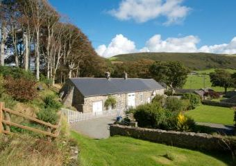 Stable Cottage  - Aberdyfi,