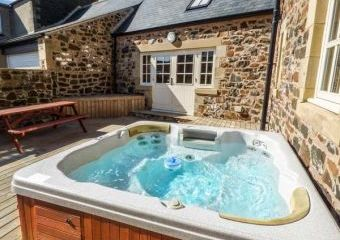 Hemmel Rural Retreat with Hot Tub  - Embleton,
