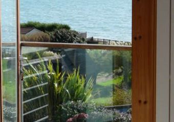 Cowes View Coastguard Cottage and Solent Sea View Coastguard Cottage  - Hill Head,