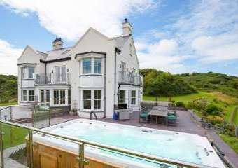 Llanlliana Country House  - Cemaes Bay,