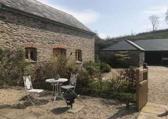 The Cowshed Romantic Retreat  - Brendon Hill,