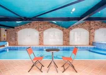 Pool House, Manor Barn  - Deerhurst Walton,