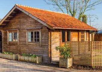 Summer House, Manor Barn  - Deerhurst Walton,