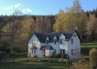 Castle Menzies Farm Holiday Cottages  - Aberfeldy,