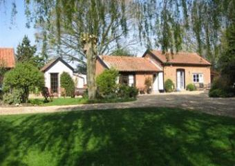 Daffodil Cottage at Thatched Farm Cottages  - Woodbridge,