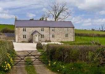 Cefn Berain Uchaf Cottage, North Wales   - Denbigh,