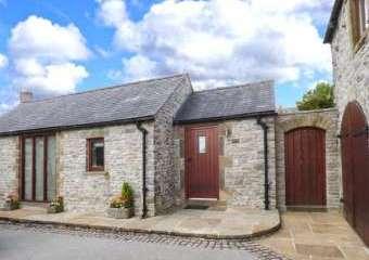Swallow Barn Dogs-welcome Cottage, Peak District  - Priestcliffe Near Bakewell,