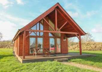 Belfry Dogs-welcome Lodge near Lincoln  - Thorpe-On-The-Hill,