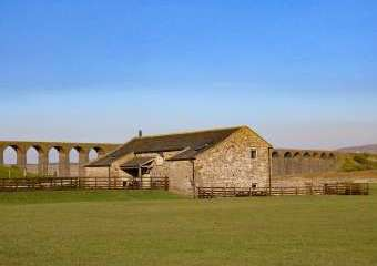 Three Peaks Barn, Yorkshire Dales National Park  - Chapel le Dale,