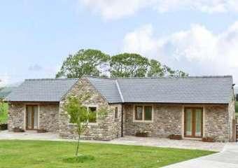 Routster Farm Cottage, Yorkshire Dales  - Settle,