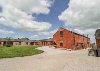 The Mill Farm Cottage near Shrewsbury  - Alberbury,