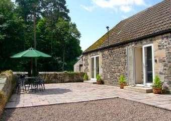 Gardener's Country Cottage  - Belford,