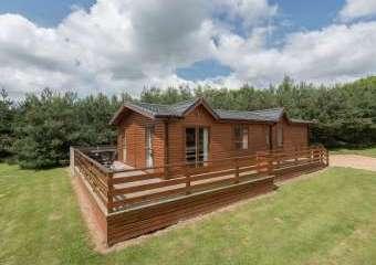 Callow Timber Lodge 2  - Shrewsbury,