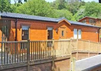 Bluebell Wooden Lodge  - White Cross Bay,
