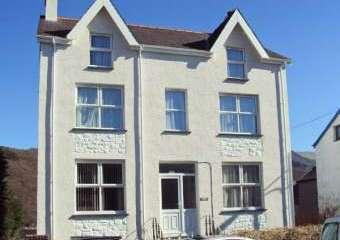 Halford Hill House  - Llanberis,