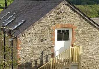 Hayloft Couple's Barn Apartment  - Crymych,
