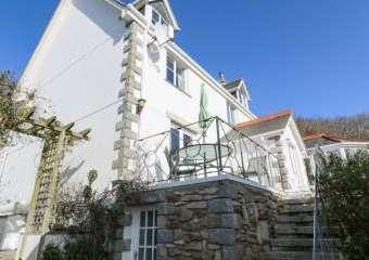 Rockridge House  - Sennen,