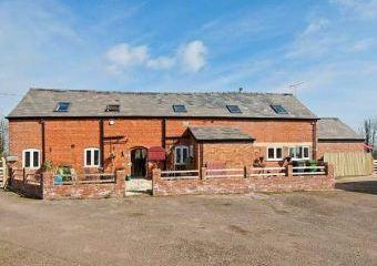 The Barn Rural Retreat  - St. Martin's,