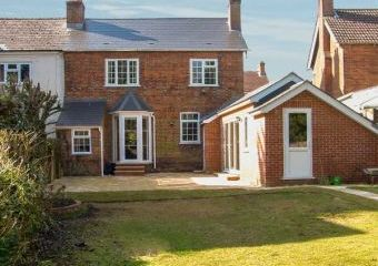 Gordon's Country Cottage  - Andover,
