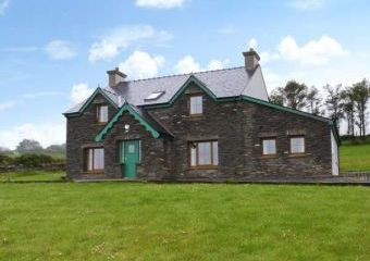 Pet-Friendly Cottage on the Mizen Peninsula  - Goleen,