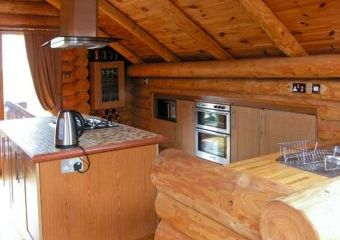 Woodpecker Lodge with Hot Tub  - Tattershall,