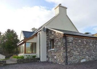 Gallivans Family-Friendly Cottage  - Caherdaniel,